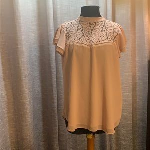 3/$25 Adorable pink blouse